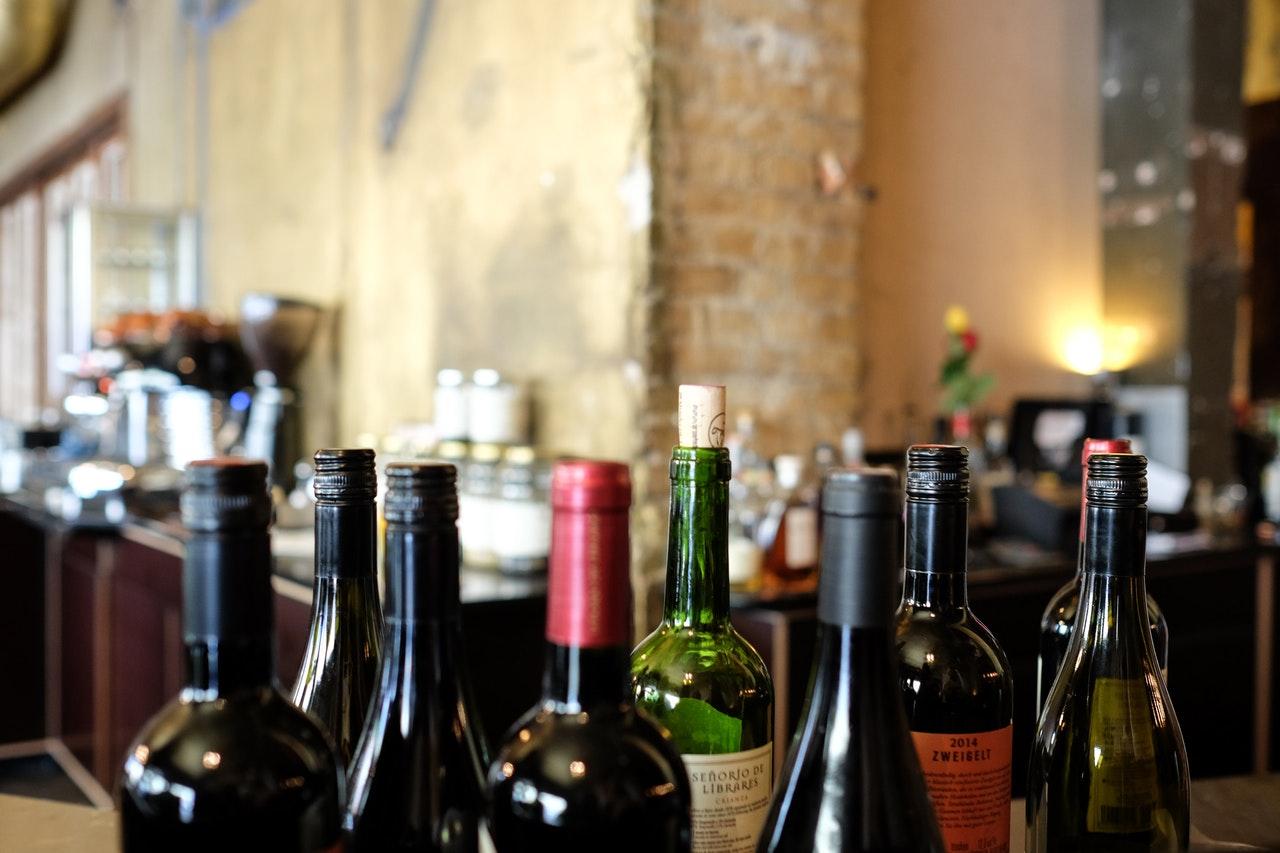 vin og tilbehør