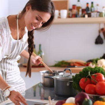 Gør madlavningen mere hyggelig med musik i ørerne